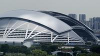 Suasana tampak luar dari Stadion Nasional di Singapura, Kamis (8/11). Stadion ini akan menggelar laga Piala AFF 2018 antara Singapura melawan Timnas Indonesia. (Bola.com/M. Iqbal Ichsan)