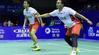 Hendra Setiawan/Mohammad Ahsan menjadi andalan tim Thomas Indonesia untuk meraih poin saat melawan Korea pada semifinal Piala Thomas 2016 di Kunshan, Tiongkok, Jumat (20/5/2016). (Liputan6.com/Humas PB PBSI)
