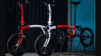Sepeda Kreuz untuk Jokowi dan Iriana Jokowi. (dok. Instagram @kreuz.indonesia/https://www.instagram.com/p/CD3KmkhHALX/Dinny Mutiah)