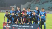 Tim PSIS Semarang menjelang laga melawan Kalteng Putra di Stadion Moch Soebroto, Magelang, Kamis (16/5/2019) malam. (Bola.com/Vincentius Atmaja)