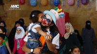 Badut yang Dicintai Anak-anak Aleppo Tewas dalam Serangan Udara (AMC/CNN)