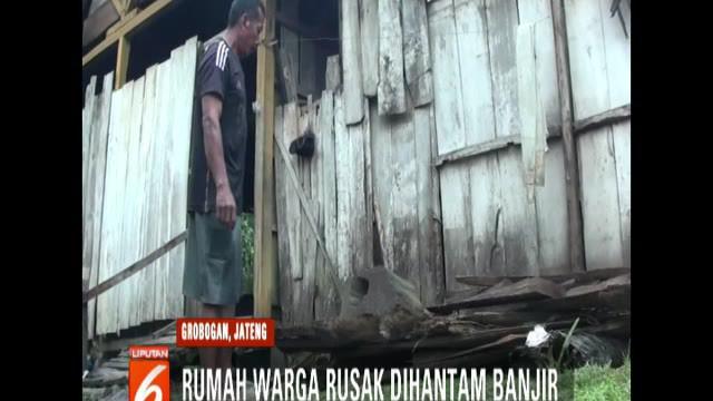 Rata-rata kerusakan terjadi pada dinding rumah yang terbuat dari papan.