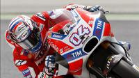 Direktur Balap Ducati Corse, Gigi Dall'Igna, menilai penampilan apik Andrea Dovizioso karena teknik balapan yang tepat. (EPA/Andru Dalmau)