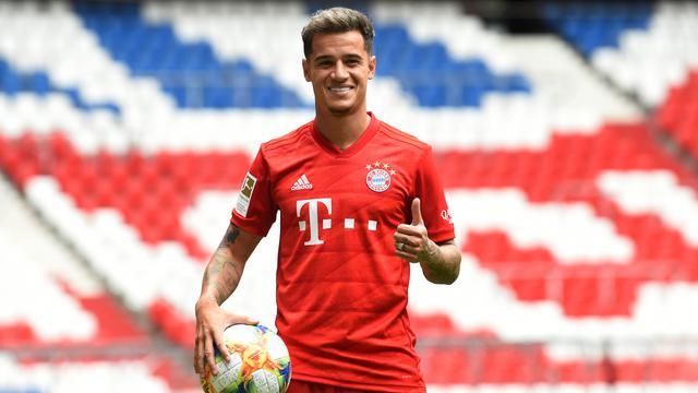 Gabung Bayern Munchen, Philippe Coutinho Pamer Jersey & Istri