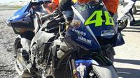 Yamaha YZR-M1 Valentino Rossi Hancur (Foto: Instagram MotoGP)