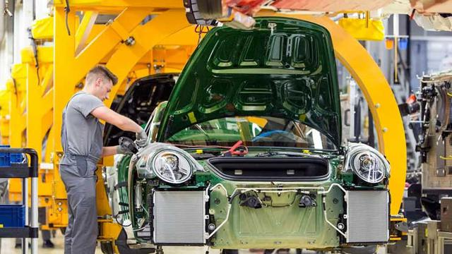 Porsche justru bangun fasilitas perakitan di Malaysia (Carscoops)