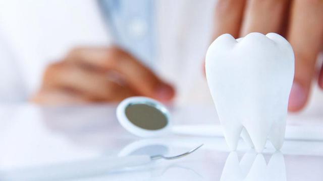 Kerusakan dan Perubahan Warna Gigi
