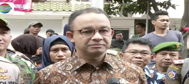 Tinjau lokasi ledakan di Ruko Grand Wijaya, Anies Baswedan imbau masyarakat perhatikan pengunaan tabung gas.