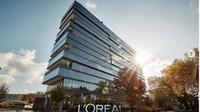 Susul Louis Vuitton, L'Oreal Akan Produksi Hand Sanitizer Gratis. (dok.Instagram @lorealusa/https://www.instagram.com/p/B9VLJVXl3HJ/Henry)