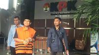 Wakil Ketua nonaktif DPR Taufik Kurniawan menjalani pemeriksaan sebagai tersangka di KPK. (Liputan6.com/ Lizsa Egeham)