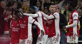 Arsenal lolos ke babak perempatfinal Carabao Cup 2021/2022 usai menang 2-0 atas Leeds United pada putaran keempat di Emirates Stadium, Selasa (27/10/2021). Dua gol kemenangan The Gunners tercipta lewat sundulan kepala Calum Chambers dan sepakan Eddie Nketiah. (AP/Matt Dunham)