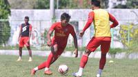 Pemain muda Arema FC, Titan Bagus Fawwazi. (Bola.com/Iwan Setiawan)