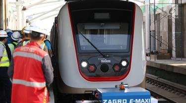 Sandiaga Uno Tinjau Proyek LRT di Kelapa Gading