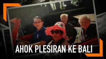 Basuki Tjahaja Purnama membagi rekaman liburannya di Ubud, Bali. BTP ke Bali untuk mencari ketenangan sembari menyortir tulisannya selama ia di penjara.
