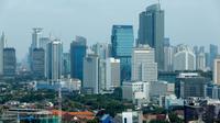 Suasana gedung bertingkat di kawasan Jakarta Pusat, Jumat (15/5/2015).  Perlambatan ekonomi Indonesia di triwulan I tahun 2015 sebesar 4,7 persen dinilai para pengamat ekonomi sangat mengkhawatirkan. (Liputan6.com/Faizal Fanani)