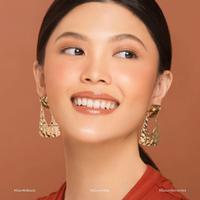 Dear Me Beauty hadirkan formula perona bibir terbaru dengan hasil akhir glossy yang menawan. (Foto: Dear Me Beauty/ Instagram)