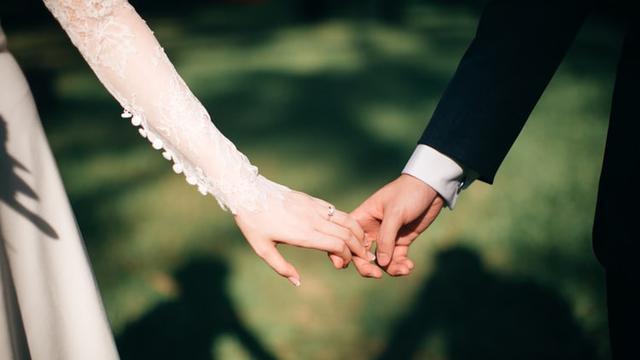 30 Kata Kata Romantis Islam Tentang Cinta Dan Pernikahan Dorongan Tetap Berada Di Jalan Allah Ragam Bola Com