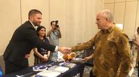 "Duta Besar AS untuk Indonesia, Joseph R. Donovan Jr., saat membuka pameran pendidikan S2 dan S3 Amerika Serikat ""U.S. Graduate Fair 2019"" di Hotel Sheraton, Jakarta, Sabtu (21/9/2019). (Liputan6.com/Afra Augesti)"