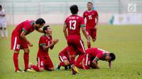 Timnas U-22 Indonesia merayakan gol pertama Indonesia yang dicetak Evan Dimas Darmono saat melawan Myanmar dalam laga final perebutan medali perunggu Sea Games 2017 di Stadion MPS, Selayang, Malaysia, Selasa (29/8). (Liputan6.com/Faizal Fanani)