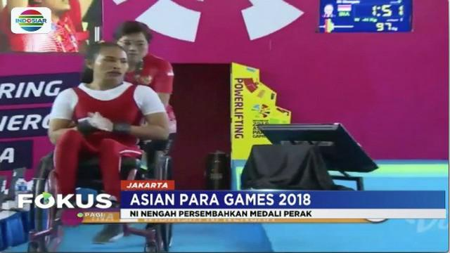Atlet angkat beban Asian Para Games 2018, Ni Nengah Widiasih berhasil dapatkan medali perak.