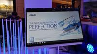Tampilan Zenbook Flip UX362 yang baru saja meluncur di Indonesia.