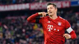 1. Robert Lewandowski (Bayern Munchen) - 8 gol (AFP/Mathias Balk)