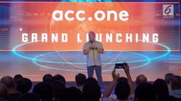 Director in charge Astra Financial Suparno Djasmin saat memberikan sambutan pada peluncuran aplikasi mobile ACC.ONE di Jakarta, Jumat,(8/2). ACC meluncurkan aplikasi mobile ACC.ONE dengan konsep one stop shopping (Liputan6.com/HO/Eko)