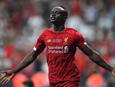 Mane terus tampil impresif bersama Liverpool di kompetisi Premier League, pada musim lalu ia mengantar The Reds meraih gelar juara Liga Champions dan menyabet gelar top skorer Premier League. (AFP/Bulent Kilic)