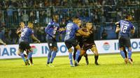 Arema FC mengalahkan PSM Makassar dengan skor 2-0 di Stadion Kanjuruhan, Kab. Malang, Rabu (2/9/2019). (Bola.com/Abdi Satria)