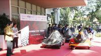 ITS Surabaya akan diwakili oleh Tim Sapuangin dan Tim Nogogeni yang masing-masing mengikutsertakan dua mobil hemat energi andalannya. (Foto: Liputan6.com/Dian Kurniawan)