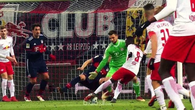 Berita video pemain RB Leipzig, Naby Keita, menjadi pemain terbaik pekan ke-27 Bundesliga 2017-2018. This video presented by BallBall.