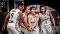 Timnas Basket Putri 3x3 Indonesia tampil atraktif dan penuh semangat pada dua laga perdana Turnamen FIBA 3x3 Kualifikasi Olimpiade Tokyo 2020 pada Kamis (27/5/2021).  (Perbasi)