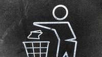 Ilustrasi buang sampah pada tempatnya/dok. unsplash Gary