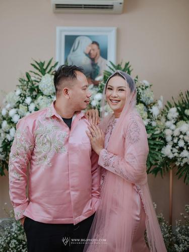 Batal Menikah, Ini 7 Potret Perjalanan Cinta Kalina Ocktaranny dan Vicky Prasetyo