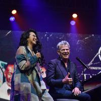 Yura Yunita saat tampil di konser David Foster. (Foto: Liputan6.com / Telni Rusmitantri)