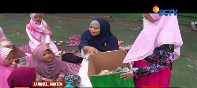 Pupuk kepedulian terhadap sesama, sebanyak 1.200 siswa Madrasah Pembangunan di Tangerang Selatan, Banten, kumpulkan dana dari uang jajan mereka untuk korban gempa di Lombok.