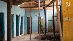 Kondisi bangunan rumah makan yang tak lagi beroperasi di Jalur Pantura, Jawa Barat, Sabtu (8/6/2019). Setelah beroperasinya jalan Tol Cipali yang merupakan bagian dari Tol Trans Jawa menyebabkan bisnis rumah makan di kawasan itu gulung tikar akibat sepinya pengunjung (Liputan6.com/Immanuel Antonius)
