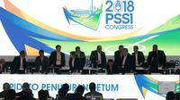 Suasana Kongres PSSI 2018 yang berlangsung di ICE BSD, Tangerang (13/1/2018). Salah satu agenda Kongres PSSI 2018 adalah revisi Statuta. (Bola.com/Nicklas Hanoatubun)