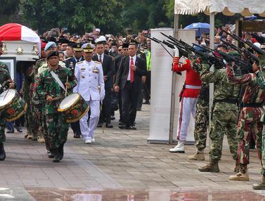 Upacara Militer Pemakaman Ani Yudhoyono