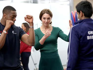 Kate Middleton Pamer Keahlian Berolahraga