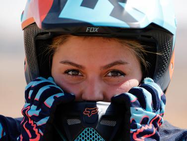 Behnaz Shafiei, Pembalap Motor Wanita Pertama di Iran