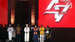 Sejumlah pemuka agama berdoa bersama saat pembukaan Rakernas I dan HUT ke-47 PDI Perjuangan di JIEXPO Kemayoran, Jakarta, Jumat (10/1/2020). Rakernas ini bertajuk 'Solid Bergerak Wujudkan Indonesia Negara Industri Berbasis Riset dan Inovasi Nasional'. (Liputan6.com/Johan Tallo)