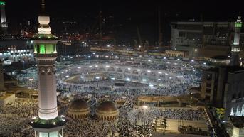 Masjidil Haram Beroperasi Penuh Usai COVID-19 Membaik, Saf Kembali Rapat