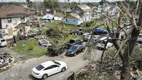 Dampak kerusakan akibat tornado yang menghantam kota Dayton, negara bagian Ohio, Amerika Serikat (AP/John Minchillo)
