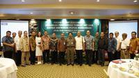 """Forum Discussion Group (FGD) yang membahas """"Kebijakan Pemerintah Terkait Harga Eceran Tertinggi (HET) dan Pendistribusian Pupuk Bersubsidi"""" di Hotel Bumi Surabaya."""