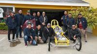 Tim Suryanation Motorland menyambangi workshop Mooneyes Company di California, Amerika Serikat.