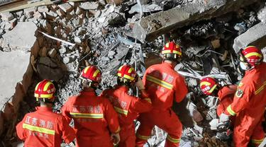 Hotel di China Ambruk, Puluhan Orang Hilang