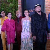 Gala Premiere film Warkop DKI Reborn: Jangkrik Boss Part 2 telah digelar di CGV Blitz, Grand Indonesia, Jakarta Pusat, Jum'at (25/8/2017). Suasana meriah pun sangat terasa malam dengan hadirnya para bintang. (Deki Prayoga/Bintang.com)