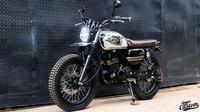 Kawasaki W175 dengan tangki chrome, hasil custom Street Arts Custom (SAC)