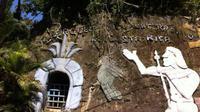 Manuel Barrantes memilih membangun rumah bawah tanah dengan alasan agar terlindungi dari cuaca yang ekstrim. (Foto: Odditycentral)
